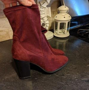 Dr Scholl's RED BURGUNDY SOCKS ANKLE BOOTS